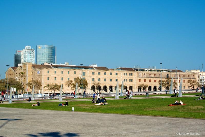 Здание музея истории Каталонии