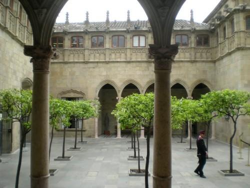 Палау-де-ла-Женералитат (Palau de la Generalitat)