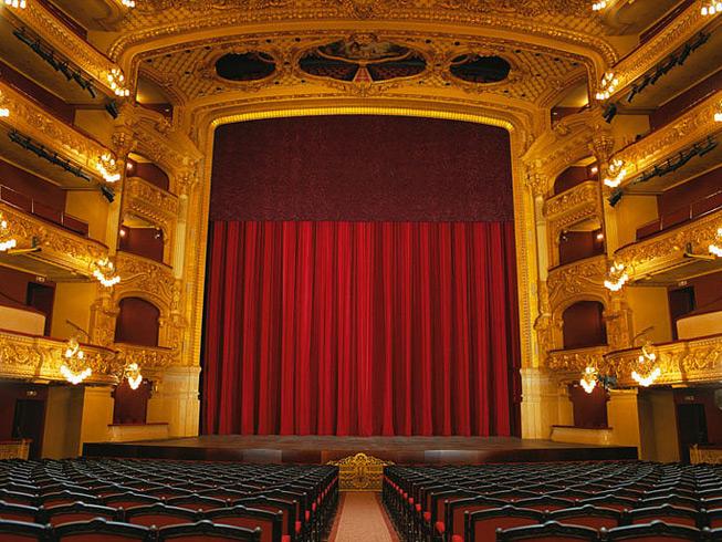 Сцена театра Лисеу