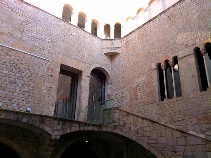 Дворец Финестрес