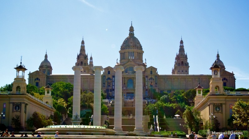 Национальный музей искусства Каталонии (Museo Nacional de Arte de Cataluña)