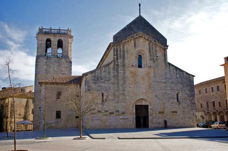 Церковь Сант Пере де Бесалу