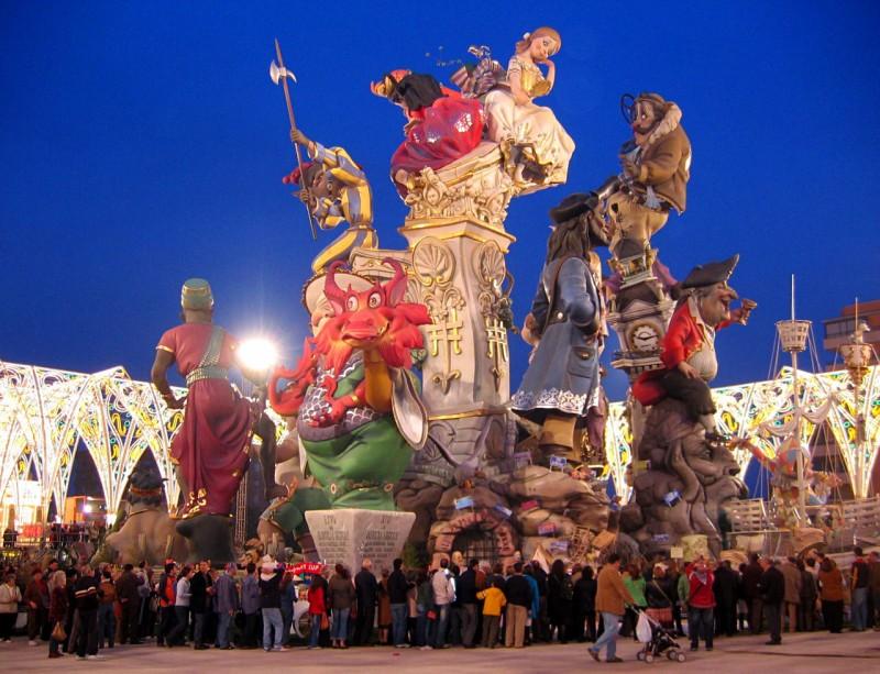 Праздник огня в Валенсии