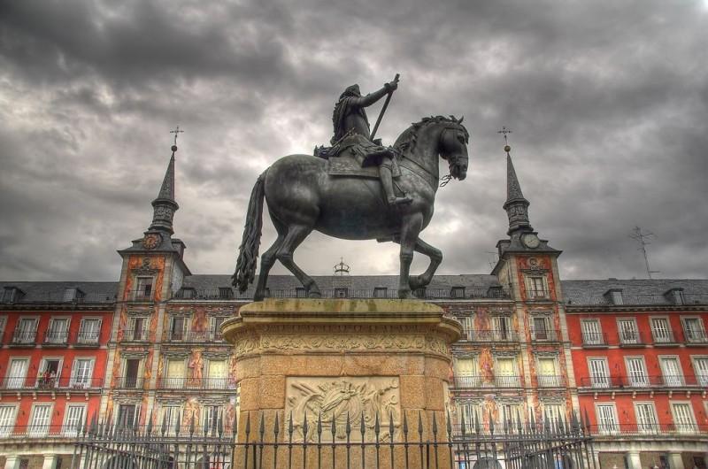 Конная бронзовая статуя Филиппа III (Estatua de Felipe III)