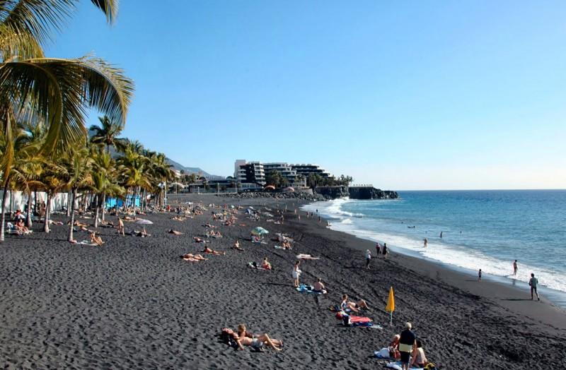 Пляж Пуерто Наос (Playa Puerto Naos)