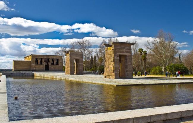 Храм Дебод (Templo de Debod)