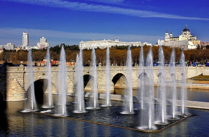 Мост Сеговья (Puente de Segovia)