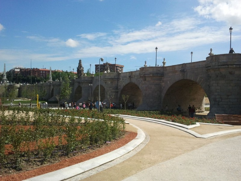 Мост Толедо (Пуэнте-де-Толедо - исп. Puente de Toledo)