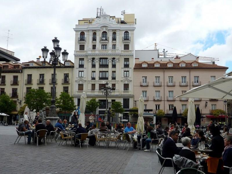 Площадь Санта-Ана (Plaza de Santa Ana)