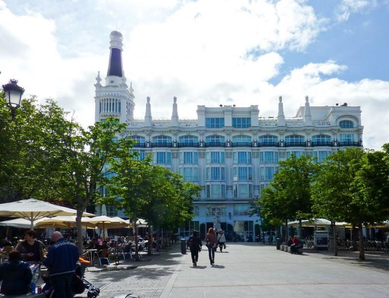 Отель «Рейна Виктория» (Reina Victoria)
