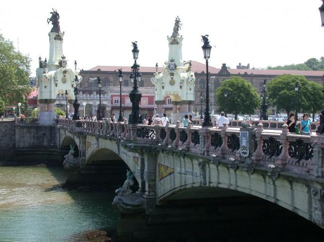 Мост Марии Кристины (Puente de María Cristina)