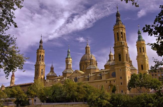 Базилика-де-Нуэстра-Сеньора-дель-Пилар (Catedral-Basílica de Nuestra Señora del Pilar)
