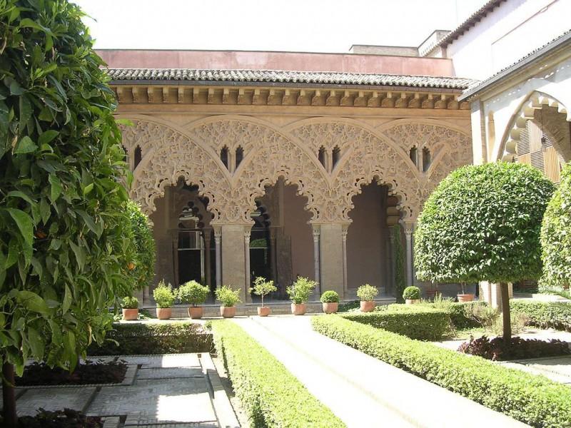 Дворик Святой Изабеллы (Patio de Santa Isabe)