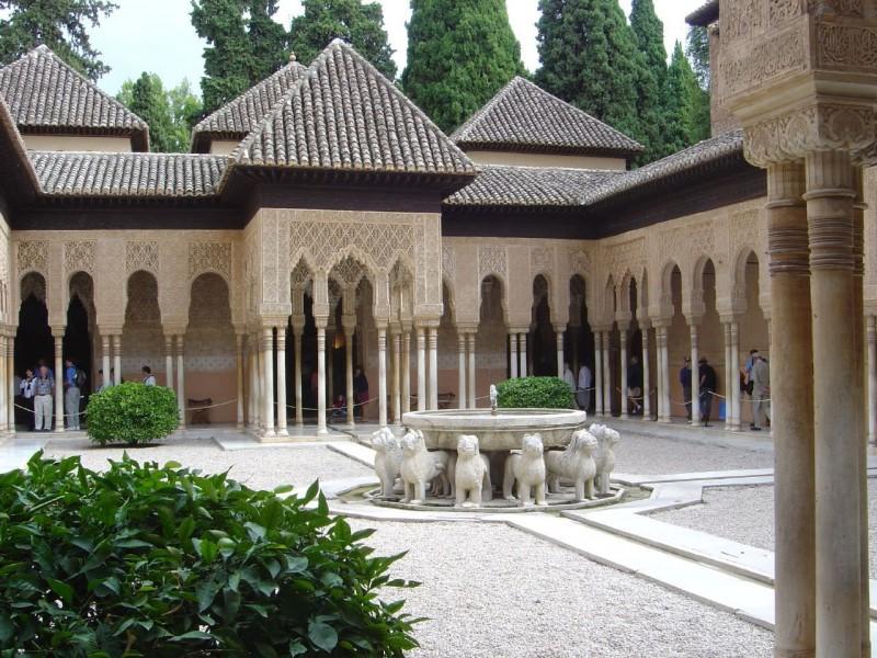 Альгамбра (Alhambra) — архитектурно-парковый ансамбль
