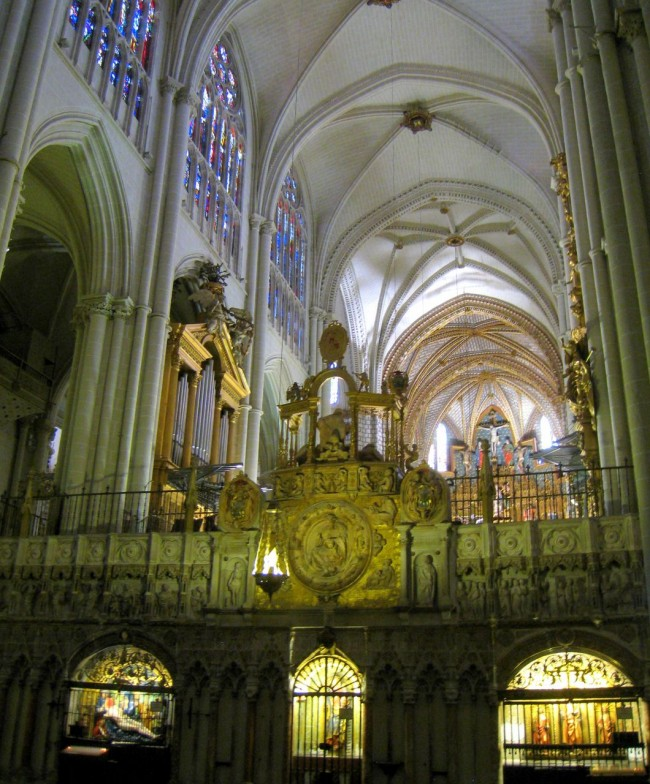 Интерьер Толедского собора