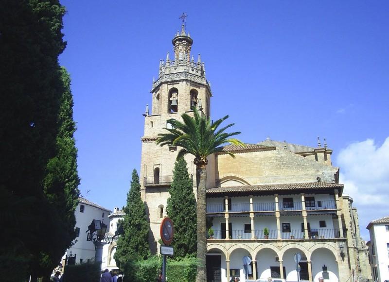 Церковь Santa María la Mayor
