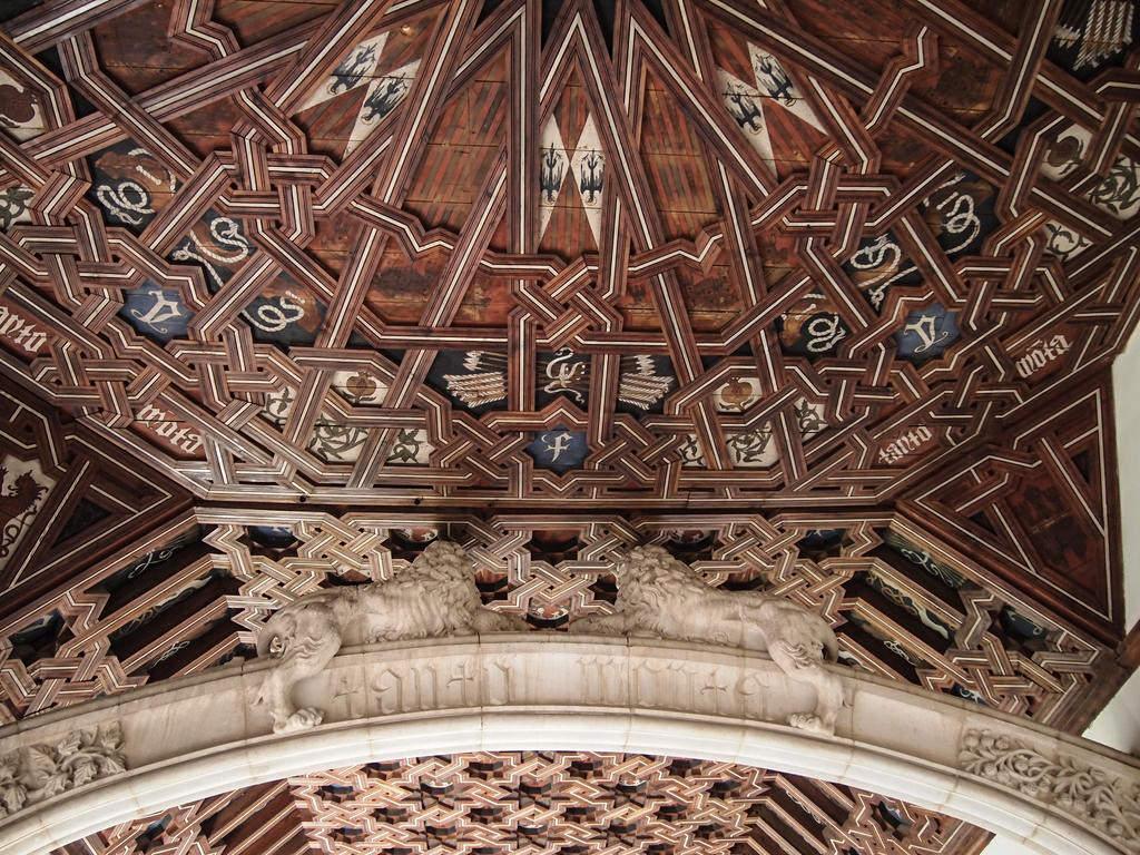 Потолок в стиле мудехар