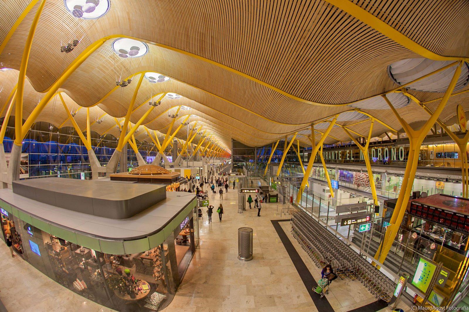 Международный аэропорт Madrid-Barajas (фото: Mauro Agost)