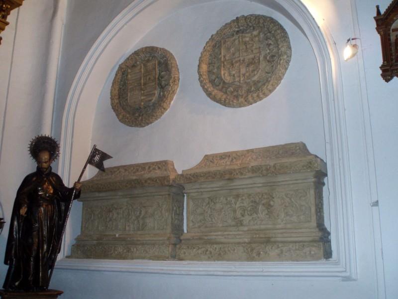 Семейные могилы Агилар Гонсалес и Фернандес