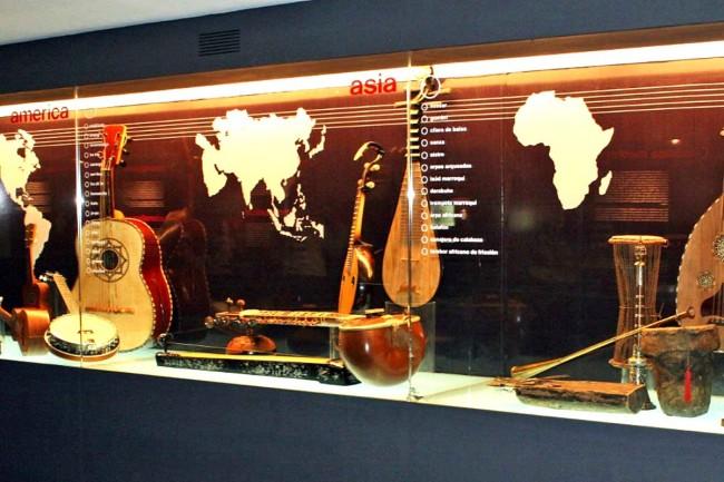 Интерактивный музей музыки (Museo Interactivo de la Música)