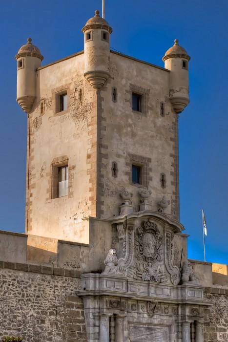 Мраморная башня земляных ворот