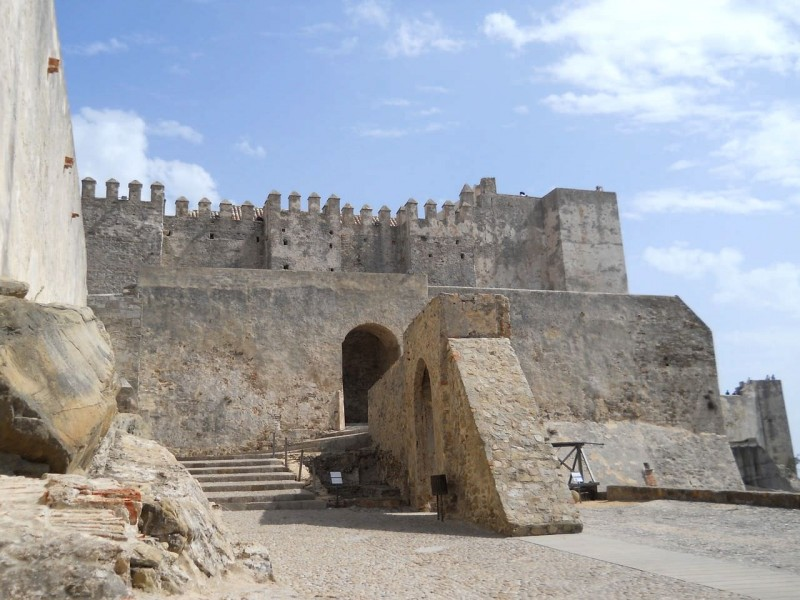 Крепость Гусмана (Castillo de Guzmán)
