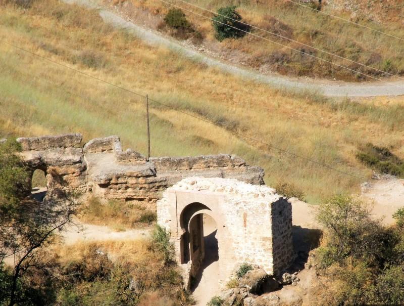 Христовы или Мельничные ворота (puerta del Cristo o Molinos)