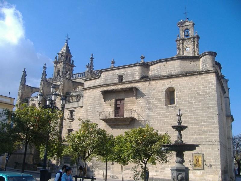 Церковь святого Иакова (Iglesia de Santiago)