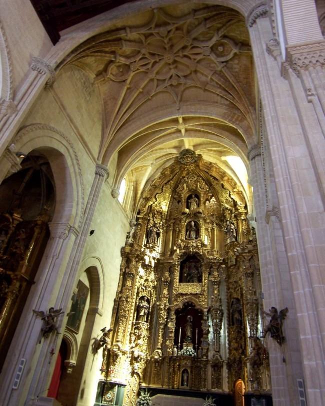 Главное ретабло церкви святого Дионисия