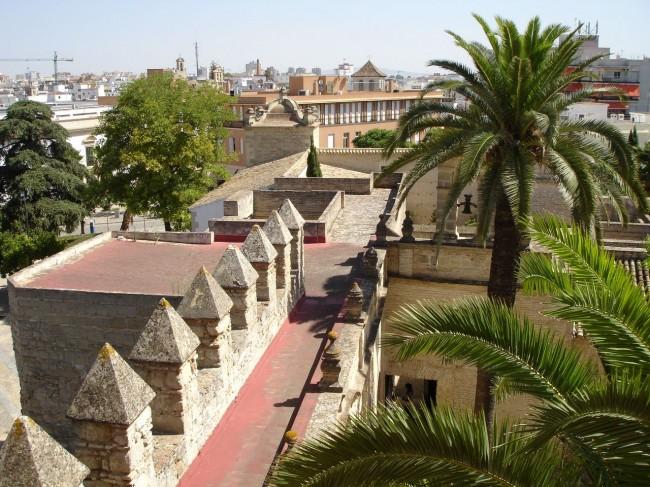 Алькасар (Alcázar)