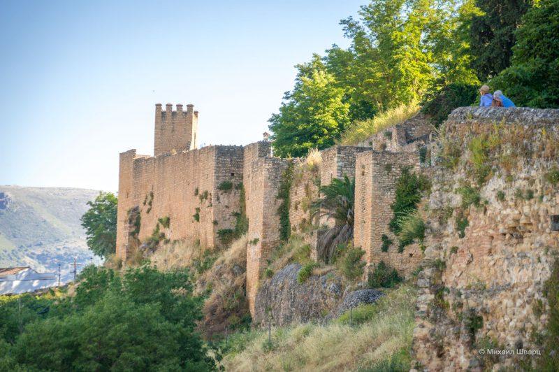 Мусульманские крепостные сооружения (Murallas y Puertas Islámicas)