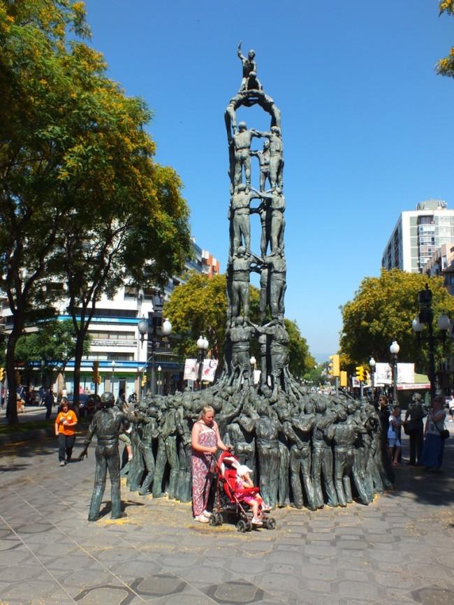 Скульптура Человеческий замок