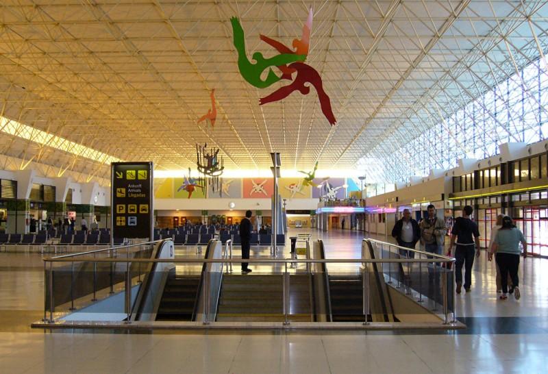 Внутри аэропорта Гран Канария
