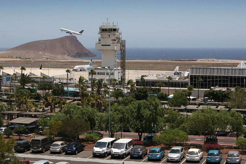 Аэропорт Тенерифе-Южный (Aeropuerto de Tenerife Sur)