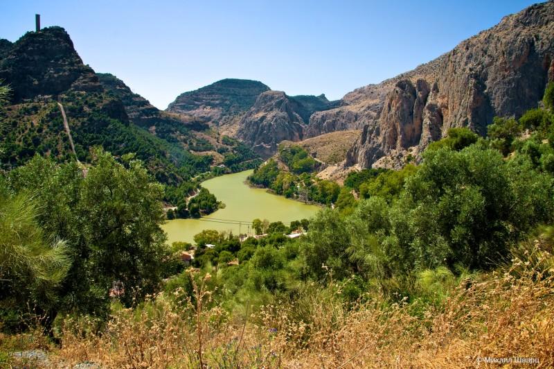 Красивые пейзажи в заповеднике El Chorro