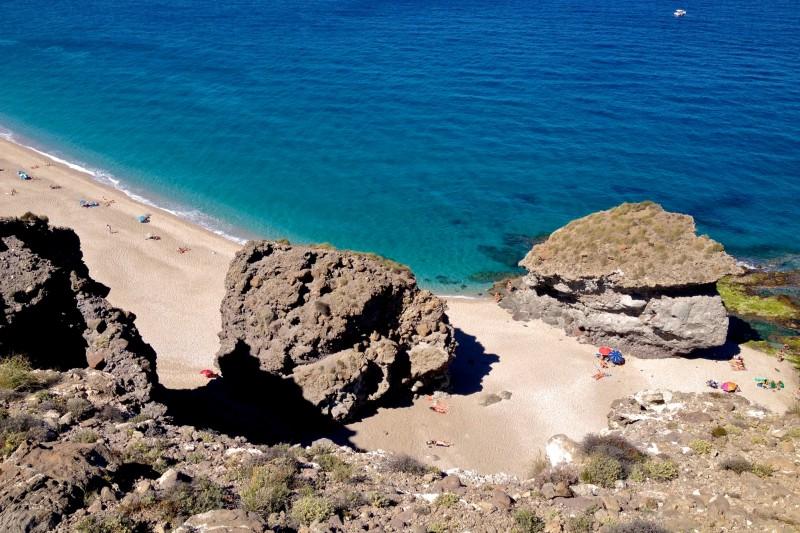 Пляж Muertos