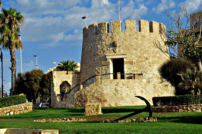 Старая башня (Torre del Moro)
