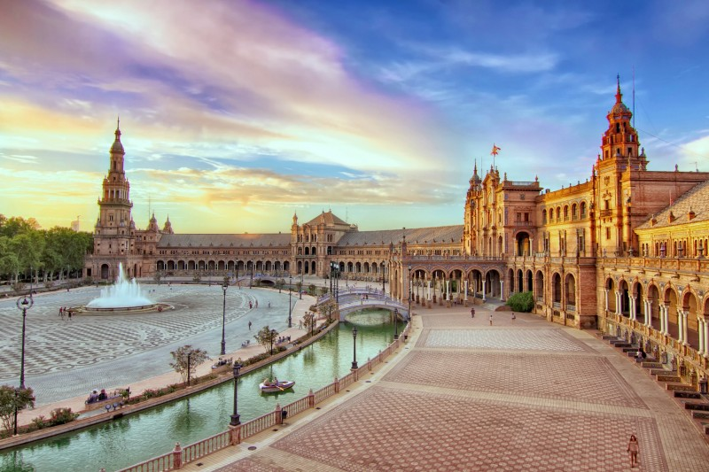 Площадь Испании в Севильи