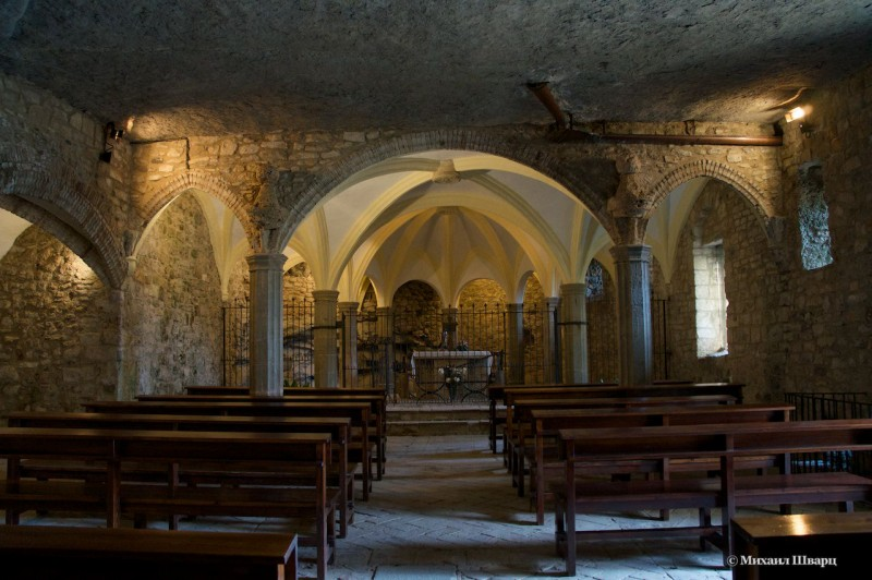 Церковь Сан Мигель в скале