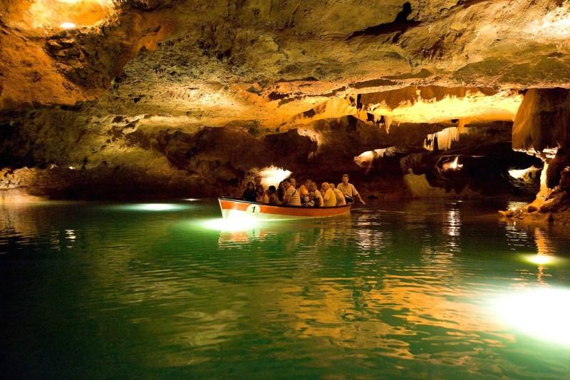 Путешествие по подземной реке Сан-Хосе