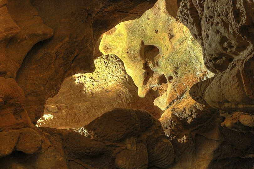 Пещера Дьявола (фото: Grutas de San José - Rio Subterraneo)