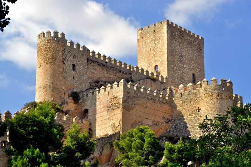 Замок Альманса