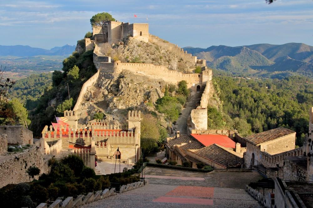 Вид на малую часть крепости Játiva (фото: Dan)