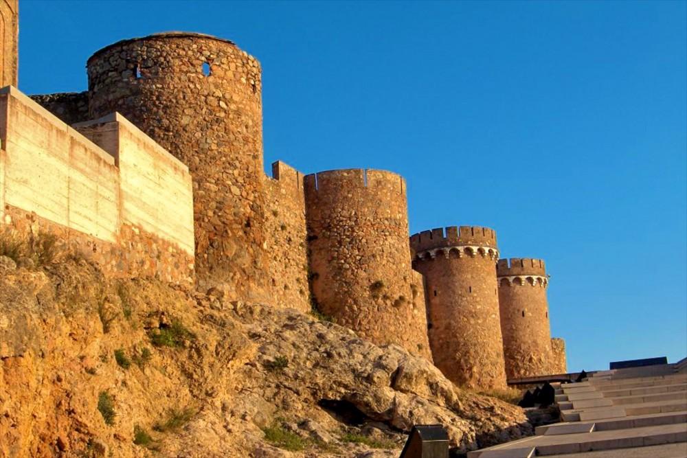 Башни крепости (фото: M.Bosch)