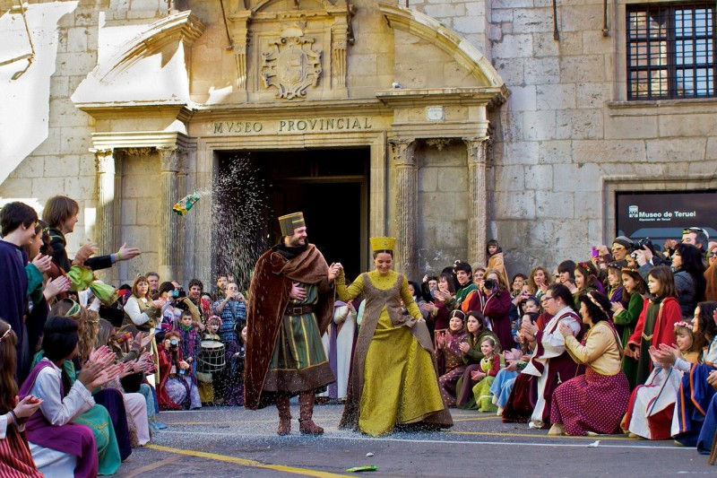 Ежегодное празднование свадьбы Хуан Мартинес и Изабель-де-Сегура
