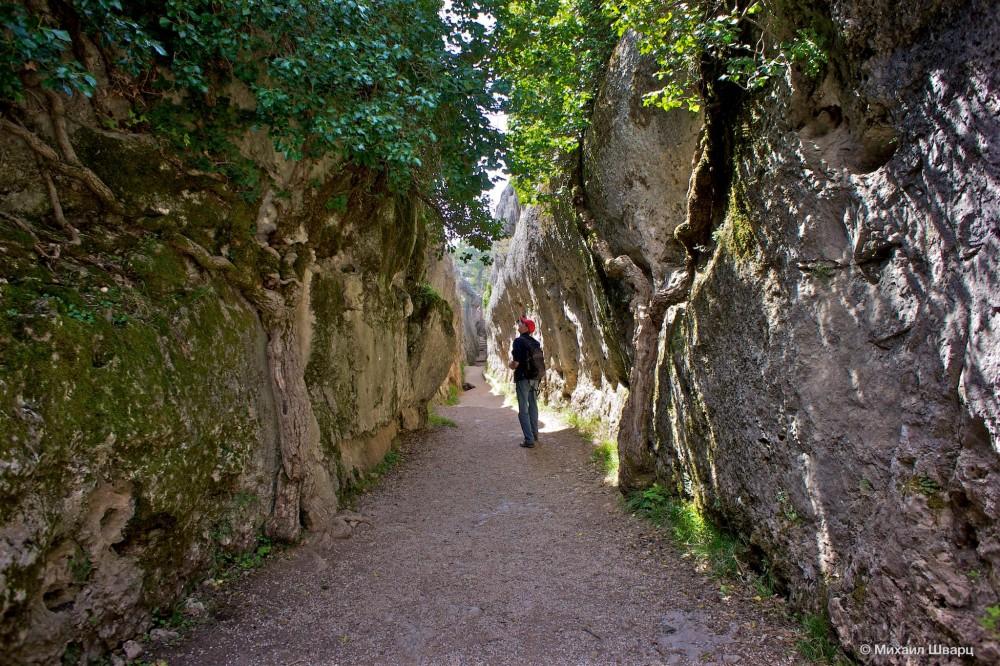 El Tobogán – узкий проход между скал