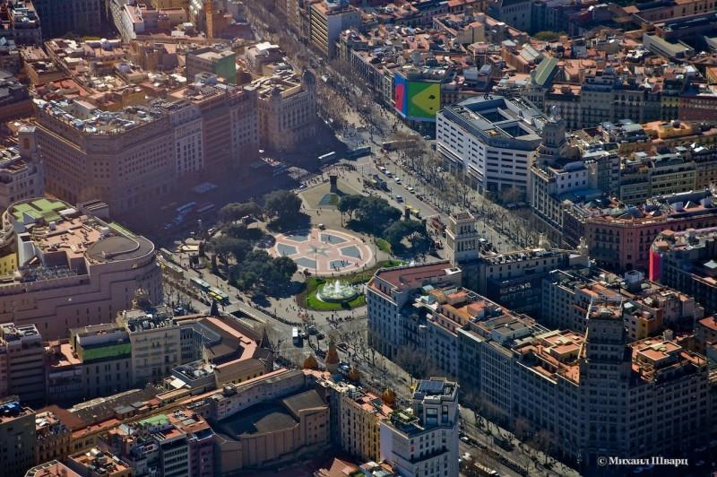 Площадь Каталонии (Plaza de Cataluña)