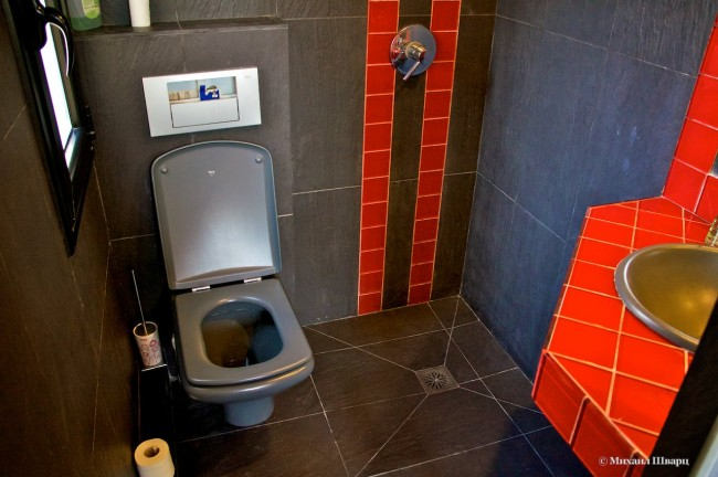 Второй туалет с душем!