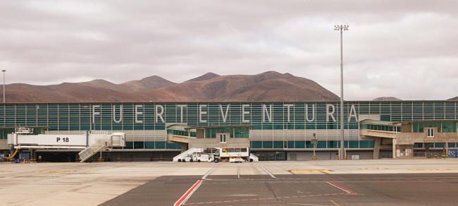 Аэропорт Фуэртевентура (Fuerteventura Airport)
