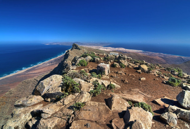 Пико-де-ла-Сарса (Pico de la Zarza)